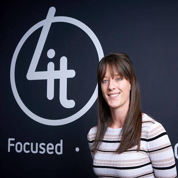 Laura Osborne - Contract Team